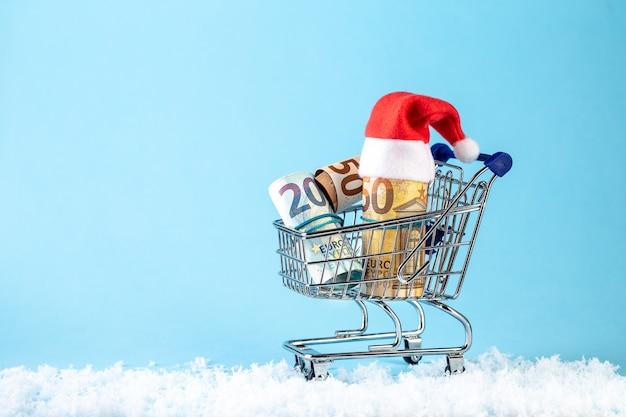 Kerst geld cadeau met kerstman hoed
