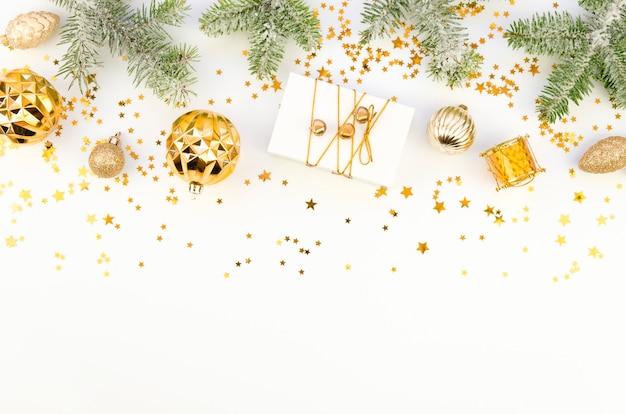 Kerst grens met witte kopie ruimte voor de beste wensen belettering