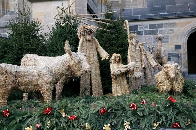 Kerst magi gemaakt van stro