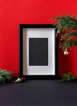 Kerst moderne compositie met kopie ruimte voor tekst. poster in het kerstinterieur. gelukkig nieuwjaar poster.