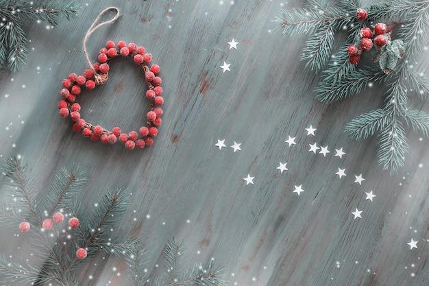 Kerst plat lag in grijs, groen, wit en rood.