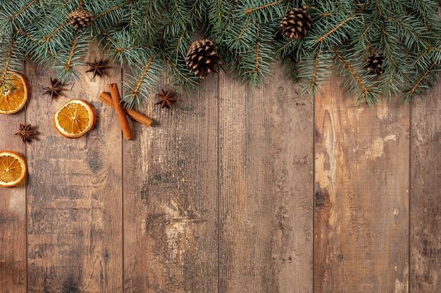 Kerst rustieke achtergrond. kerst wintervakantie. plat leggen