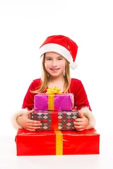 Kerst santa jongen meisje blij opgewonden met lint geschenken