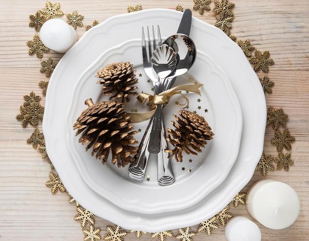 Kerst servies bovenaanzicht op plaat