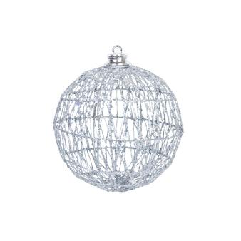 Kerst speelgoed voor de kerstboom en het nieuwe jaar, mooie zilveren sprankelende bal geïsoleerd op de witte achtergrond.