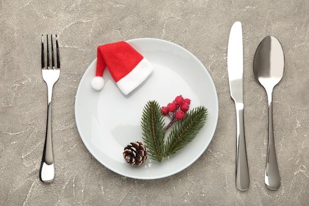 Kerst tabel couvert met decoraties