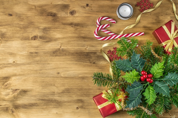 Kerst vakantie achtergrond op oud hout