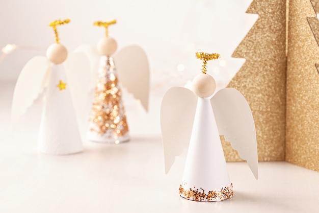 Kerst wenskaart met papier engel