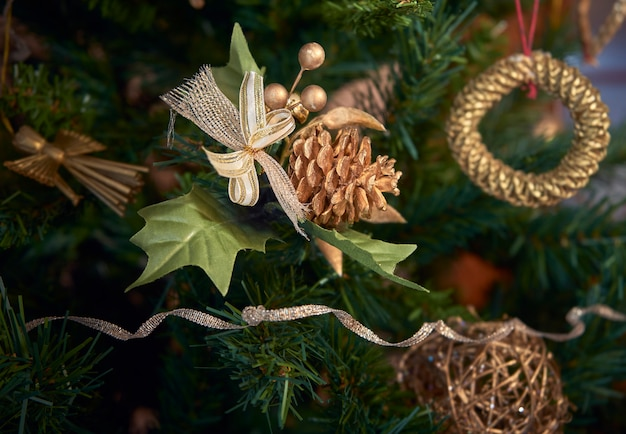 Kerstboom met ornamenten