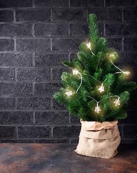 Kerstboom met slingerlicht