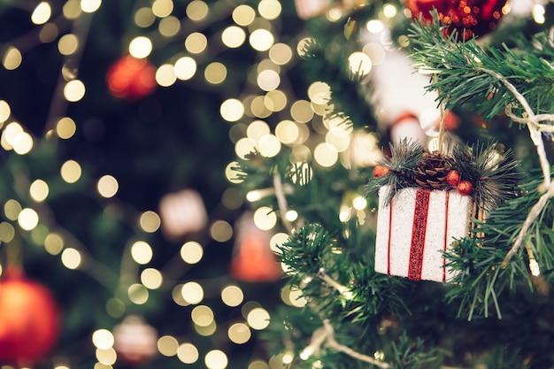 Kerstboom uitstekende filter als achtergrond.