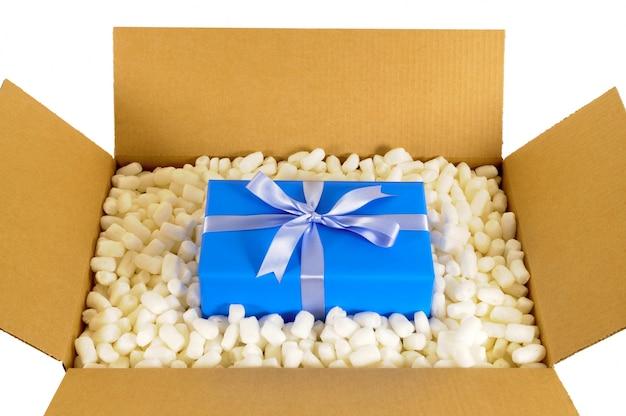 Kerstcadeau in de verpakking doos