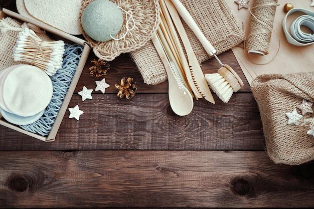 Kerstcadeaus zonder afval. milieuvriendelijke cadeautjes. kerstmis achtergrond.