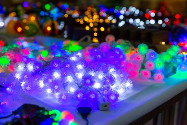 Kerstdecoratie close-up, lichten, kerst slinger