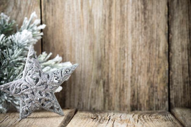 Kerstdecoratie op houten achtergrond