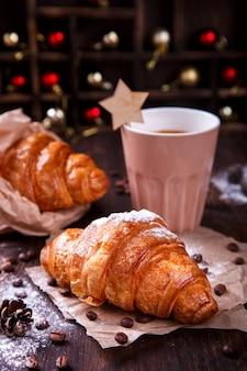 Kerstgebakjes croissant