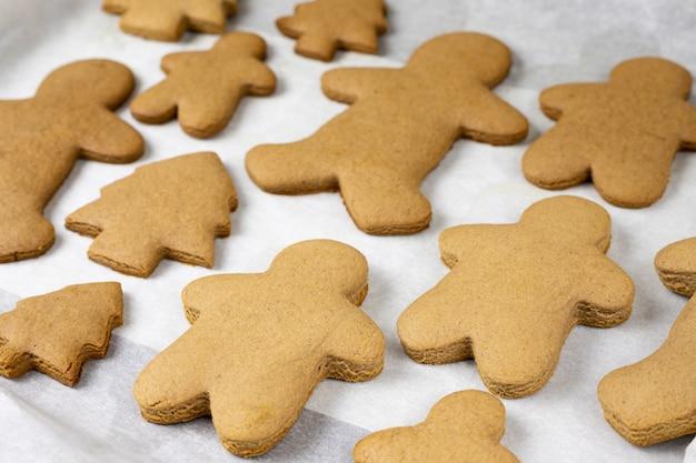 Kerstkoekjes bakken op de pan
