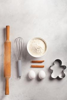 Kerstkoekjes maken in de keuken
