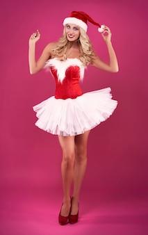 Kerstman houdt haar kerstmuts