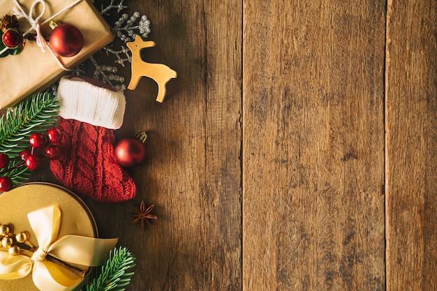 Kerstmis en nieuwjaar achtergrond ingericht huisthema.