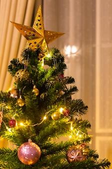 Kerstmis en nieuwjaar ingericht huisthema.