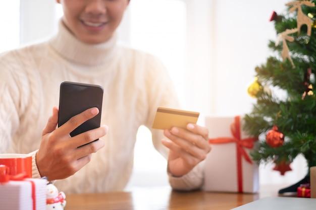 Kerstmis, nieuwjaar winkelen en levering concept.