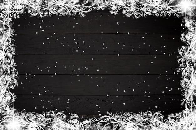 Kerstmis of nieuwjaardecoratie op zwart