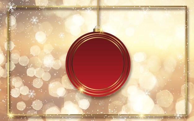 Kerstmisachtergrond met gouden bokehlichten en hangend snuisterijontwerp