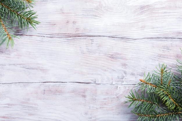 Kerstmisachtergrond met spar