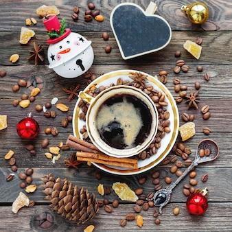 Kerstmisdrank met hartbord