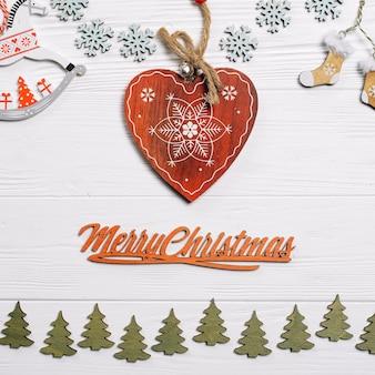 Kerstmissamenstelling met hart in midden