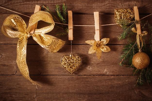Kerstthema op houten planken