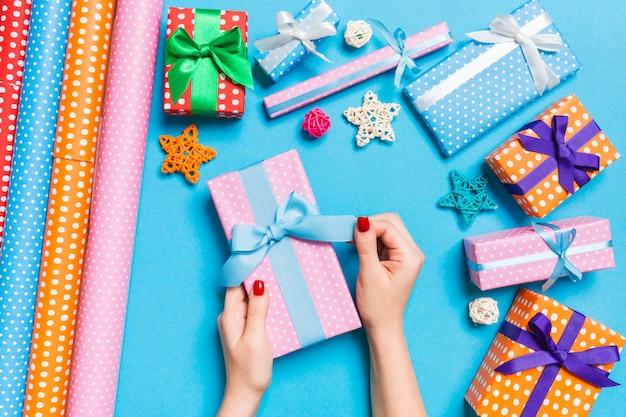 Kerstvakantie met feestelijke decoraties