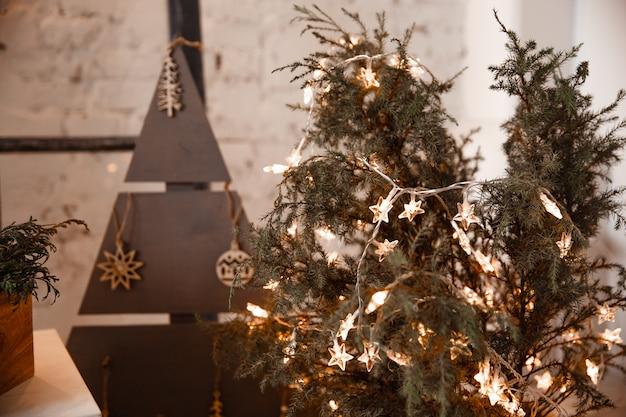 Kerstversiering in een loft