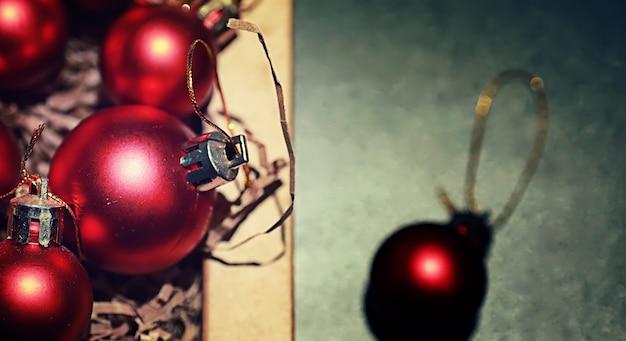 Kerstversiering voor de kerstboom kleine balletjes om de kerstboom te versieren