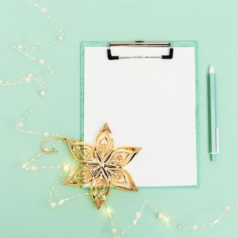 Kerstwensenlijst of kerstmanbrief op munt
