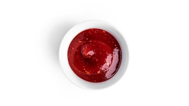 Ketchup geïsoleerd op wit.