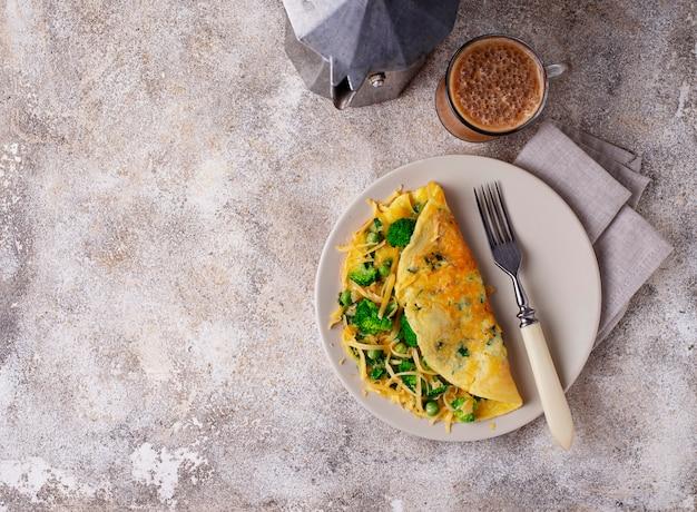 Keto low carb omelet en kogelvrije koffie