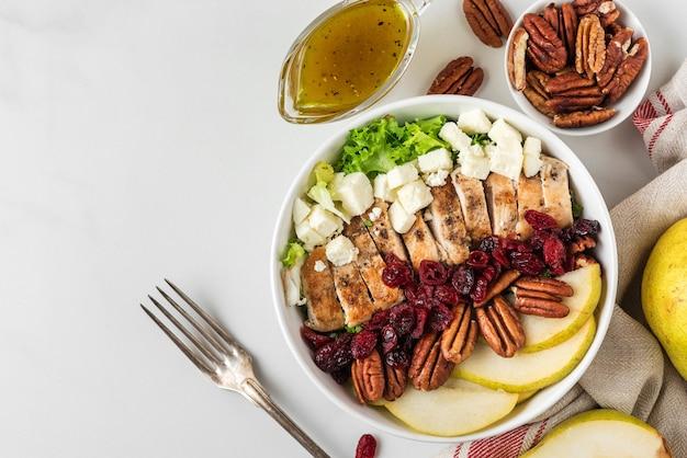 Keto paleo dieet lunchkom salade