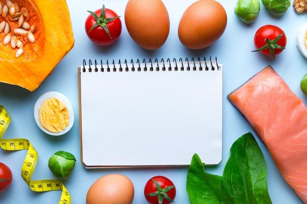Ketogeen producten voor een gezonde, goede voeding en afvallen achtergrond