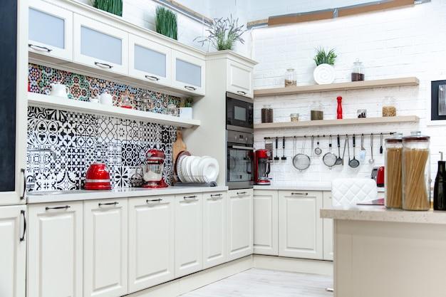 Keuken, licht ontwerp, moderne stijl, klassiek design