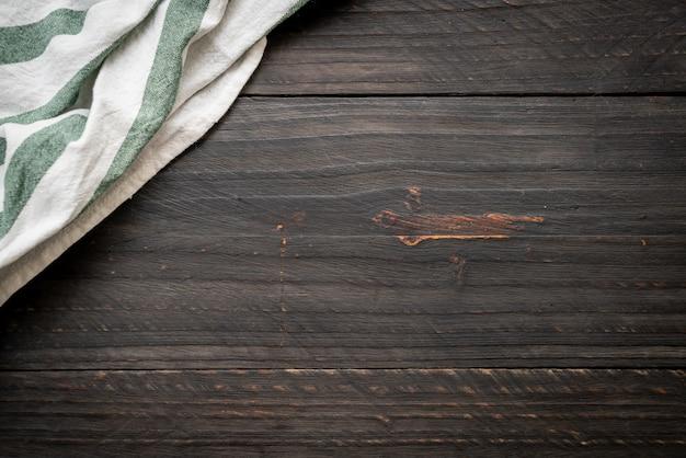 Keukendoek (servet) op houten achtergrond