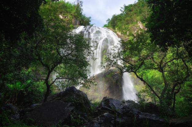 Khlong lan-waterval.