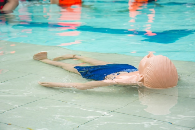 Kid dummy cpr drowning case trainingscursus