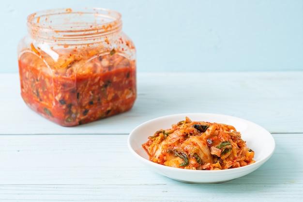 Kimchikool op plaat - koreaanse traditionele voedselstijl