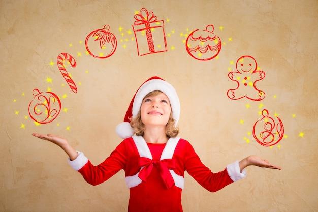 Kind jongleren getekende kerstversiering. kerst vakantie concept
