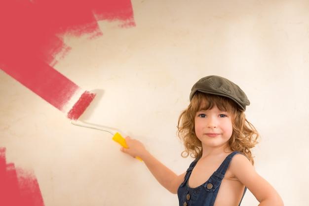 Kind schilderij muur. renovatieconcept
