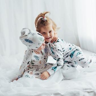 Kinderen in pyjama