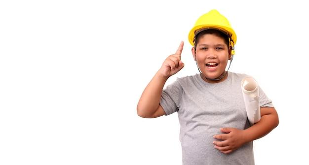 Kinderen jongen ingenieur geïsoleerd op een witte achtergrond.