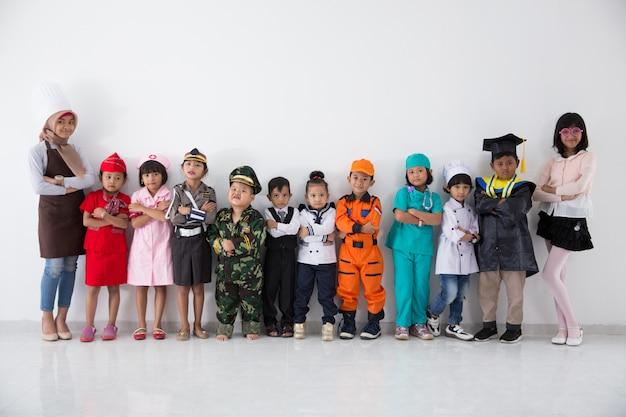 Kinderen met diverse multi beroep uniform